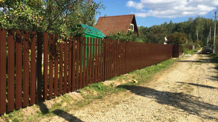 Забор из евроштакетника в с. Шеметово