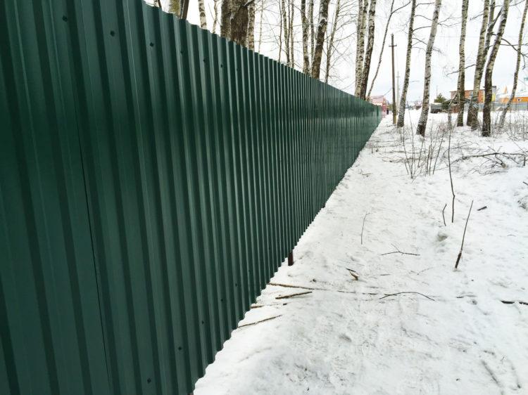 Забор из профнастила в п. Нахабино