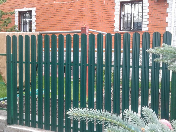 Забор из евроштакетника г. Солнечногорск